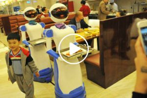 Restaurant In China Hires Robots As Waiters 9
