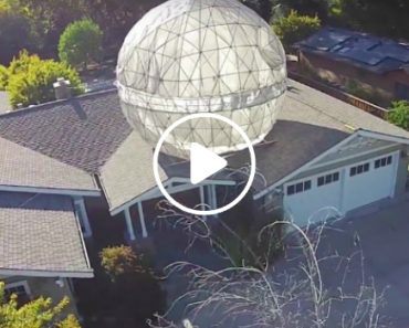 """Coolest Dad Ever Built a 400 lb """"Star Wars"""" Death Star Above His House 4"""
