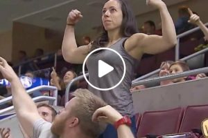 Man Gets Unexpected Surprise After Flexing On Camera 11