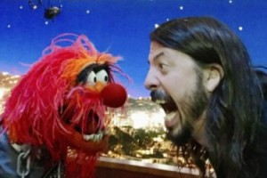 Foo Fighters Frontman Dave Grohl And The Muppets Animal Face Off In Drum Battle 11