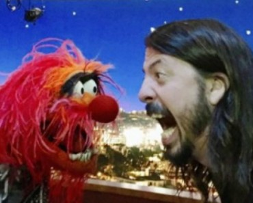 Foo Fighters Frontman Dave Grohl And The Muppets Animal Face Off In Drum Battle 6