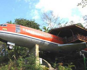 Airplanes Can Be Remade Into Houses... Who Knew? 5