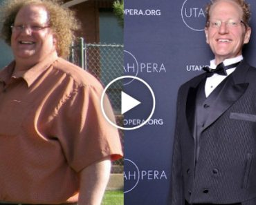 Severely Obese Man Loses Hundreds Of Pounds With Yoga 7