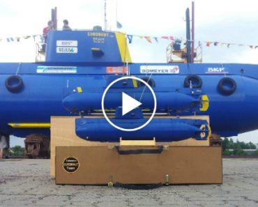 Inside An Amateur Built Submarine 8