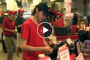 Fast-Food Cashier's Small Act Of Kindness Results In Big Reward 11