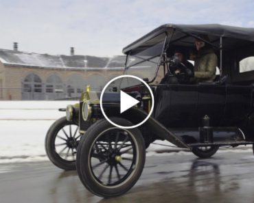 Driving a Ford Model T Is a Lot Harder Than You'd Think 2