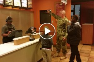 Soldier's Act Of Kindness In Taco Bell Goes Viral 12