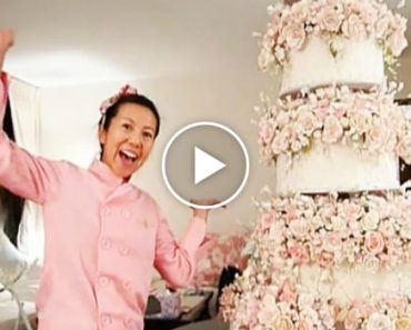 Bride Spends An Entire Year Creating Epic Wedding Cake 1