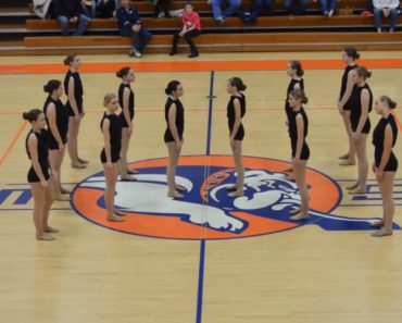 High School Dance Squad Performs a Powerful Routine Set To Meaningful Words About Fear 4