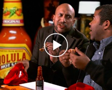 Key & Peele Eat Super Spicy Wings During Interview 8