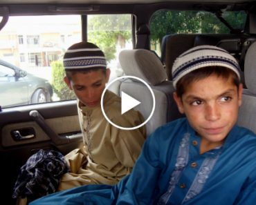 """Solar Kids"" Who Stop Moving At Night Perplex Doctors In Pakistan 1"