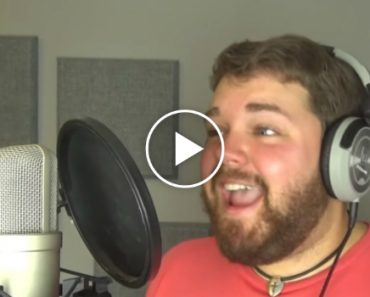 Watch As One Man Sings a Song In Almost Every Disney Character's Voice 8