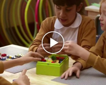 This LEGO Design Is Helping Blind Children Learn And Play Just Like Other Kids 1