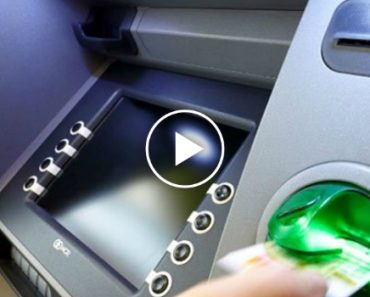 This Guy Found An ATM Skimmer At A Top Tourist Spot In Vienna 8