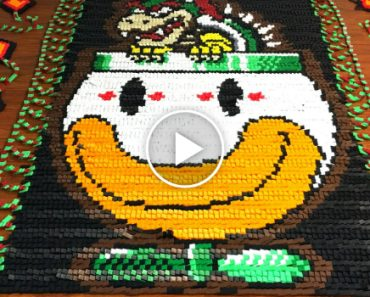 Super Mario World in 81,032 Dominos 8