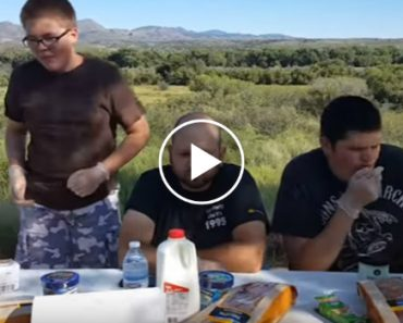 These Three Guys Instantly Regret Doing The Carolina Reaper Pepper Challenge 4