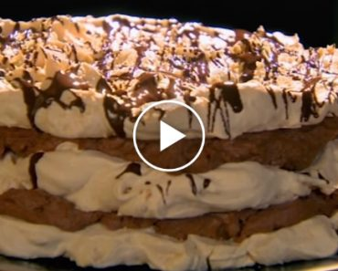 Gordon Ramsay Teaches You To Make A Fancy But Easy Hazelnut Meringue Tower 3