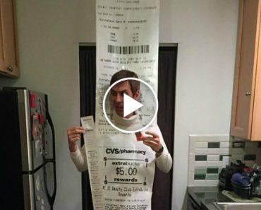 Man Went To CVS On Halloween As A 12-Foot Long CVS Receipt 1
