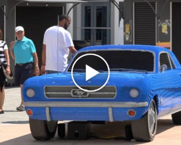 Full Size Lego Mustang Surprises Visitors At I-Drive 360 3