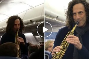 Kenny G Decided To Grace an Entire Flight With an Impromptu Performance 9
