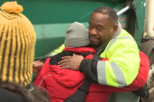 Garbage Man Finds a Homeless Family Living Behind a Dumpster, What He Does Is Priceless!! 10