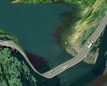 10 Deadly Dangerous Roads You Would Never Want To Drive On 4