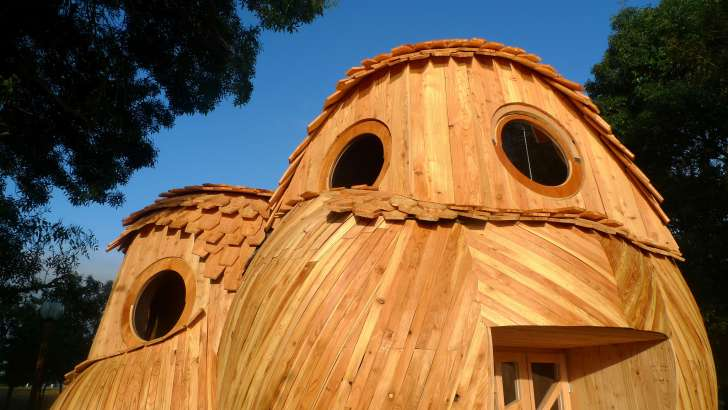 You Can Sleep In These Owl-Shaped Cabins In Bordeaux, France For Free 5