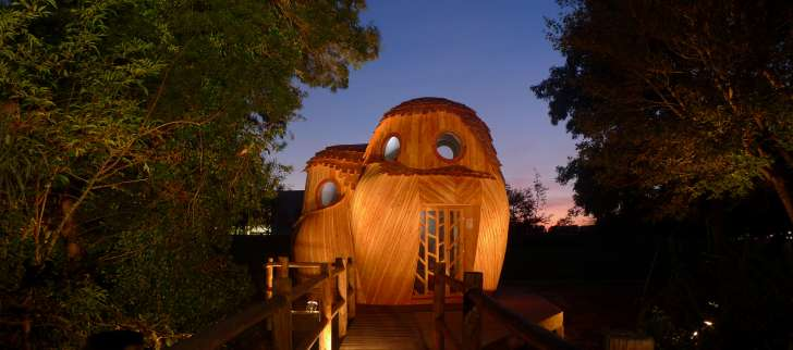 You Can Sleep In These Owl-Shaped Cabins In Bordeaux, France For Free 6