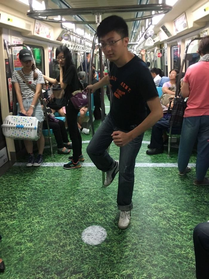 Taiwan Surprises Passengers By Turning Subway Cars Into Different Sport Venues For Upcoming Universiade 9