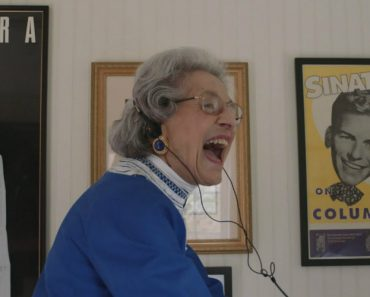 90-Year-Old Woman Celebrates 70 Years At The Same Job 8