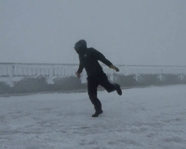 This Guy Enjoyed Himself Being Blown Off With 100+ MPH Wind 3