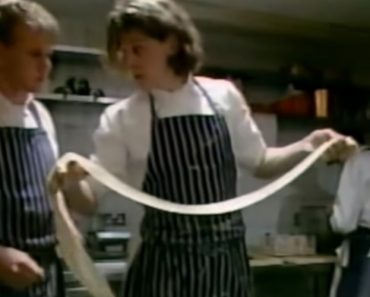 A Baby-Faced Gordon Ramsay Assists Former Mentor Marco Pierre White 5