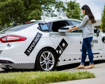 Ford And Domino's Use Self-Driving Cars To Deliver Pizza 9