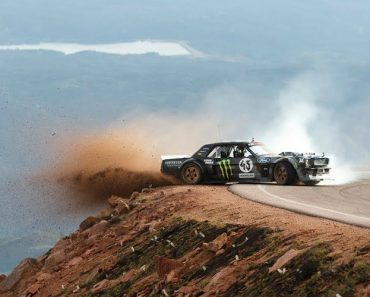 Ken Block and His 1,400hp Ford Mustang Hoonicorn Take on Colorado's Pikes Peak in 'Climbkhana' 7