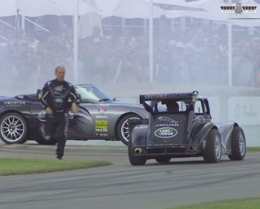 The Best Stunt Driver Pull Stunts Outside The Driver's Seat 6
