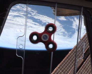 Ever Wonder What Happens To a Fidget Spinner Aboard The International Space Station? 7