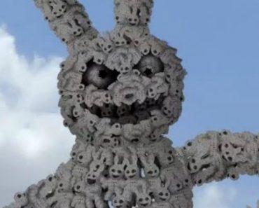 Rabbits Infinitely Multiply in '7 Billion', A Wonderfully Surreal Animated Short by Cyriak 8