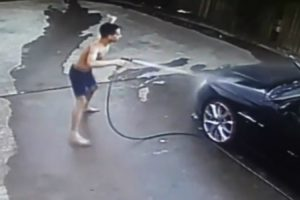 This Hilarious Kid Had Way More Fun Than Expected While Washing His Dad's Car 10