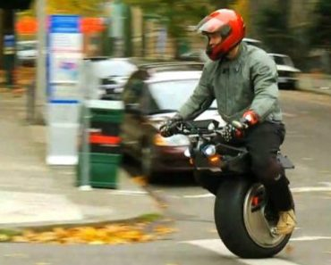 Take A Look At The One-Wheel Ryno Motorbike, The Most Incredible Motorcycle You Will Ever See! 1