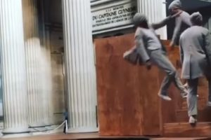 Trampoline Staircase Performance Is Both Dizzying And Mesmerizing 10
