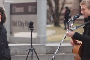 Street Busker Sings Personalized Songs 10