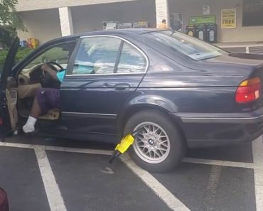 """Guy Drives Off With Boot Still On His Car… """"That Will Be $300"""" 8"""