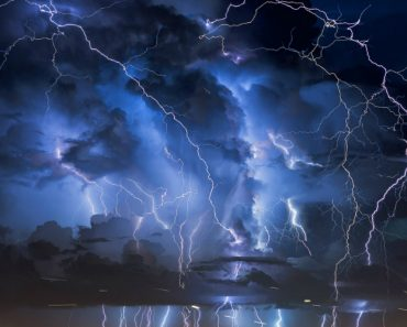 A Spectacular Lightning Strikes Synced To Music 8