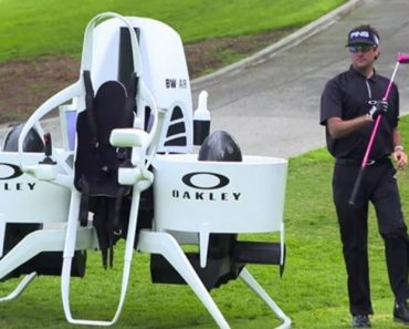 This Golf Cart Jetpack Looks Like It's Straight Out Of The Future 2
