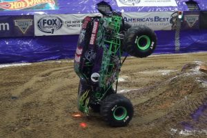 Daredevil Grave Digger Driver Smashes Record With Incredible Monster Truck Nose Wheelie 10