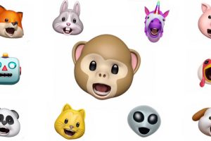 iPhone X Users Make Animals Sing in Hilarious Karaoke Videos Using the New Animoji Feature 12