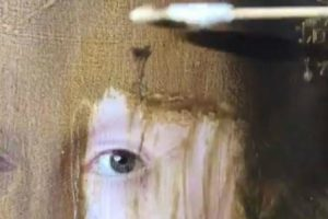Art Expert Removes 200 Years Of Yellowing Varnish From A Painting In Minutes 10