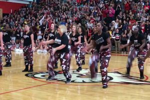 Florida High School Principal Joins Step Team Mid-Routine During Pep Rally 10