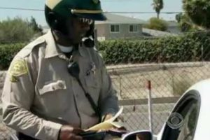 The World's Best Traffic Cop? 25,000 Traffic Stops And 0 Complaints 10
