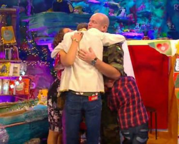 This TV Show Reunited These Kids With Their Army Dad And There Wasn't a Dry Eye In The House 1